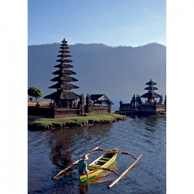 Lake Bratan, Bali, Indonesia
