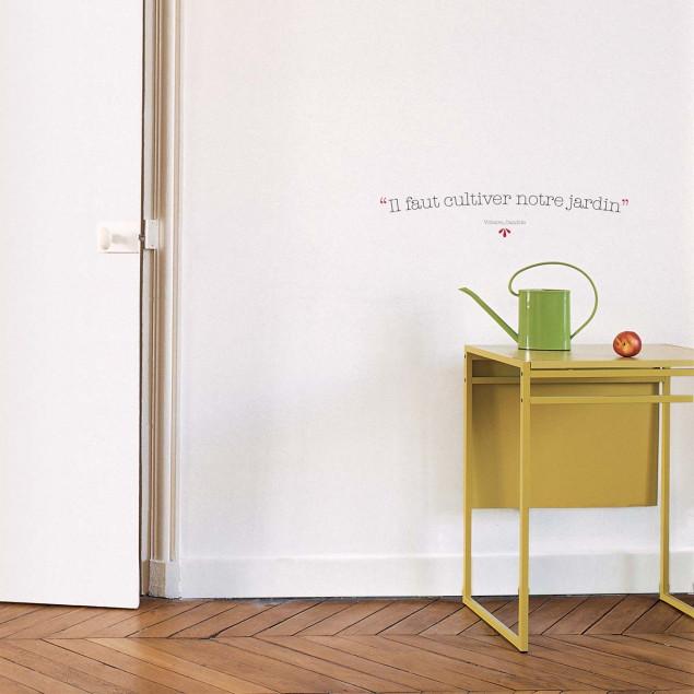 Quote Sticker - Voltaire - Il faut cultiver notre